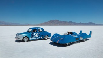 60TH ANNIVERSARY - ETOILE FILANTE AND RENAULT DAUPHINE ON THE SALT LAKE