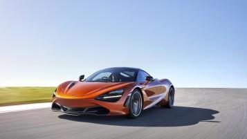 McLaren 720S-21-Action