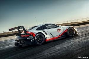 2017 Porsche 911 RSR - On-Track- Profile