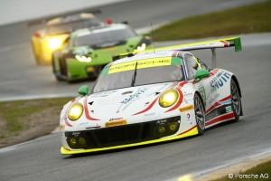Porsche 911 GT3 R, S.Smith, N.Reimer, R.Renger, H.Proczyk, Sven Mueller